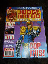 JUDGE DREDD LAWMAN of the FUTURE Comic - No 1 - Date 28/07/1995 With FREE Poster
