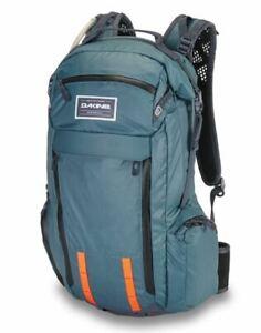 Dakine SEEKER 15L Mens Hydration Backpack w/o Protector Slate Blue NEW Sample