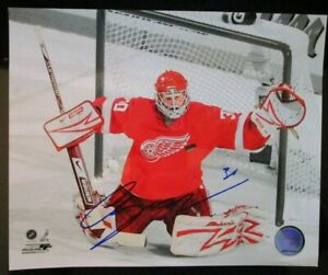 CHRIS OSGOOD SIGNED DETROIT RED WINGS 8x10 PHOTO w/ COA