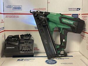 Hitachi NT1865DMA 18V Brushless 15-Gauge Angled Finish Nailer w/ battery,charger