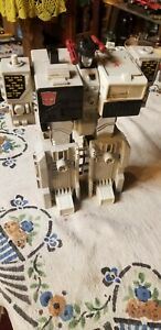 1985  vintage hasbro transformer