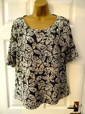 BONMARCHE Ladies Size 18 Black White Butterfly Textured Tunic T Shirt Blouse Top