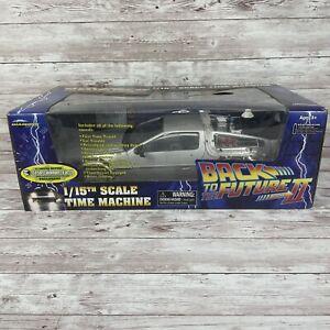 Diamond Select Back to the Future 2 DeLorean Time Machine 1/15th Scale Brand New