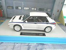 LANCIA Delta Integrale 16V EVO 2 1993 Martini weiss 4x4 NEU LS Collectibles 1:18
