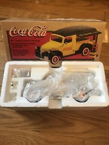 Brand New In Box 1998 Vintage Coca-Cola 1947 Dodge Canopy Delivery Van Bank 1/25