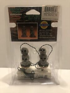 Lemax Spooky Town Lighted Skulls - Item 04471 - RETIRED