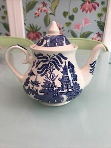 Vintage English Ironstone tableware Willow teapot 1.5 pints blue and white