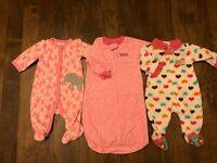 LOT of 2 BABY GIRLS  0-3 month Fleece Sleepers Pajamas & Sleep Sack CARTERS E20