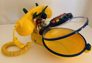 Vintage Yellow M&M Talking Candy Dish Corded Telephone Phone Red Blue