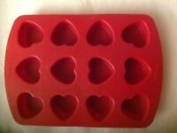 Wilton Heart Shape Silicone Mold 12 Cavities Jello Muffin Cake Valentine Love