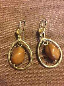 Vintage Beautiful Dangle Earrings