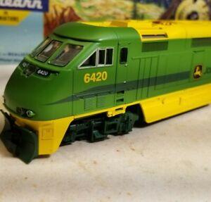 Athearn John Deere f59phi locomotive train engine HO scale