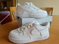 Nike Air Force 1 Infant Trainers. White. Size UK 9.5C