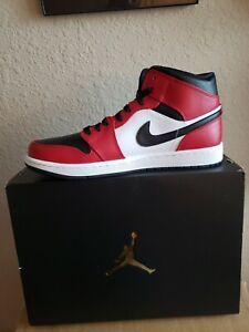 Air Jordan 1 Mid Chicago Black Toe Sneakers Shoes US 10.5 NIB