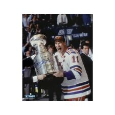 Mark Messier Autographed New York Rangers 16x20 Photo - Steiner COA