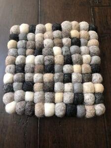 "New 7.5"" Handmade Gray Felt Balls Cushion Trivet Square Wool Pom Pom Nepal T4"