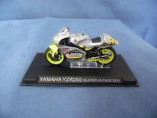 MODELLINO MOTOCICLETTA METALLO-1/24-YAMAHA YZR 250-OLIVIER JACQUE DEL 2000