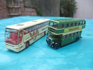 corgi 1/76 x 2 , bristol k bus and plaxton coach wallace arnold
