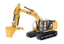 1/50 CAT 323F L Hydraulic Excavator Thumb-High Line Series 85924 Construction