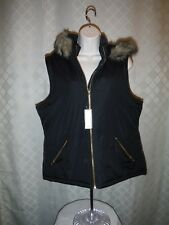 Black Puffer Vest size MD Gap Full Zip 2 side pockets Hood (not removable) NWT