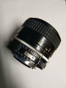 Nikon 35mm f2 Ai MF Wide Angle Camera Lens F3 F2 FM F3 FM2
