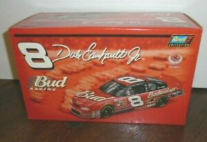 NEW REVELL 2002 DALE EARNHARDT JR #8 BUD RACING CHEVY MONTE CARLO 1/24, 1/14,952