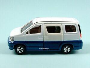 TOMICA / #89 1:64 Nissan Elgrand (White) / Light storage wear, no packaging.