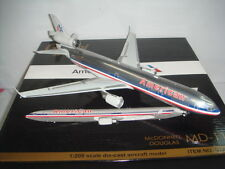 """Gemini Jets 200 American Airlines AA MD-11 """"1990s color"""" 1:200 DIECAST"""