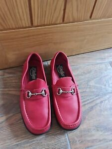 Shellys Shoes. Size  8 (42)