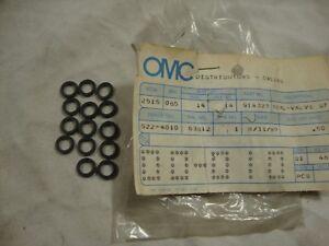 NOS OMC sterndrive 914323 Valve stem seal Lot QTY.14 1988-1993 3.0 4.3 5.0 5.7