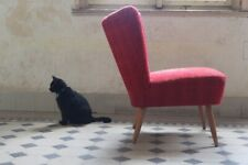 Super Vintage Danish Bedroom Chair with a great shape 1960's