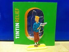 Figurine Métal Tintin au journal MOULINSART