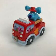 Blues Clues Take Along Magnetic Diecast Firetruck w/ Blue on Moving Ladder 2007