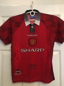Manchester United Umbro Shirt Boys Large 1996 1997
