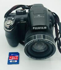 Fujifilm Finepix S3200 14 Megapixel Camera With Batteries