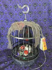 HALLOWEEN MOVING ANIMATED TALKING RAVEN CROW BLACK BIRD on SKULL in a CAGE PROP
