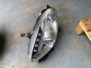 Alfa Romeo Giulietta front passenger headlight