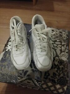 Nike Air Max White Size 5 Ladies Trainers