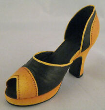 Just The Right Shoe New Retroactive 25043 Miniature Collectables