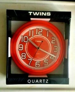 """A406 TWINS 10"""" KITCHEN SWEEP WALL CLOCK IN RED NEW"""