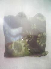 bonito bolso en tonos marrones y verdes con lentejuelas  NUEVO