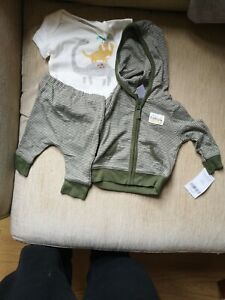 3 Piece Little Jacket Set For Baby Boy Newborn Carter's - New with tags