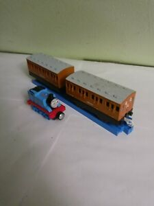 Hit Toy Tomy Trackmaster Annie And Clarabel (with thomas)