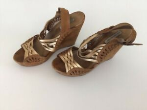 Well worn Cynthia Vincent Suede / Leather Brown & Gold Festival Wedge Heels 8.5
