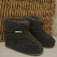 100% Sheep Wool Boots Cozy Foot Slippers Hard Sole Sheepskin Womens Mens Grey