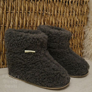 100% Sheep Wool Boots Cozy Foot Slippers Hard Sole Sheepskin Womens Mens Grey