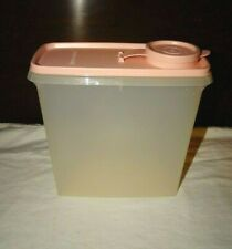 TUPPERWARE Store and Pour Cereal Container #469 - PINK