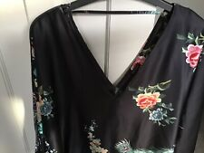 River Island Floral Satin Batwing Tie Top Size 14