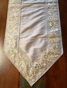 """NWT Sullivan 72"""" Taupe Metallic Gold Embroidery Beaded Snowflake Table Runner"""