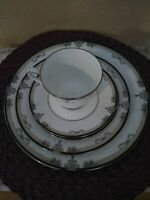 """Noritake Fine China """" PARK SUITE #4102 """" 5 Piece Place Setting- ONE"""